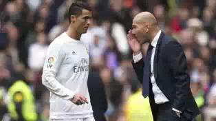 Cristiano_Ronaldo_and_Zindine_Zidane.jpeg